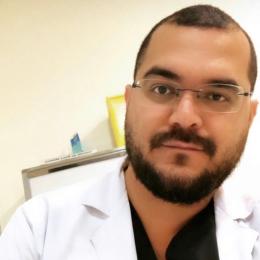 Dr. Enrique Iván Ramos Maurell